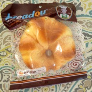 Breadou Pastry Textured Squishy
